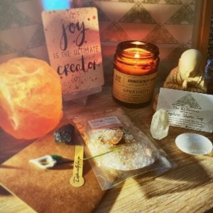The Ki Retreat Healing Box