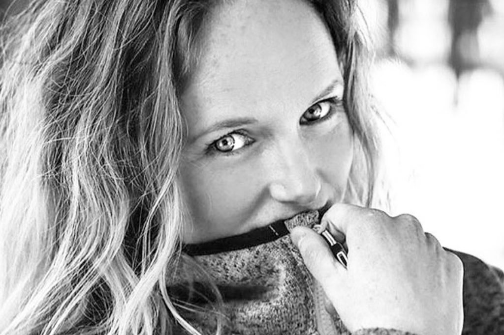 Kelly Bond, The healthy + chilled lifestyle orchestrator and Adventure instigator