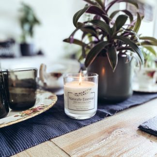 Naturally Essential Winter Candles – Medium